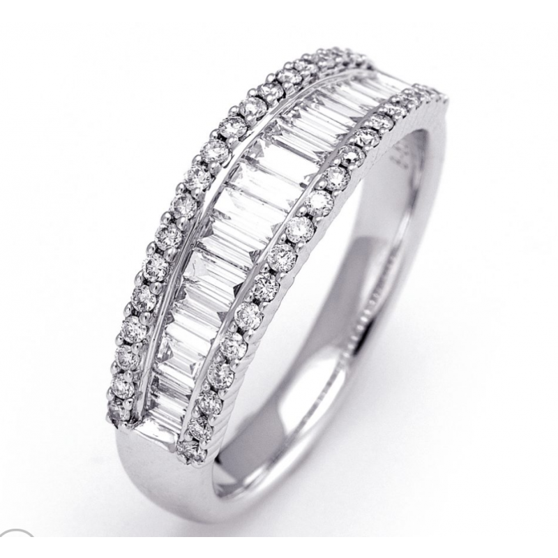 14K White Gold Baguette and Round Diamonds Band