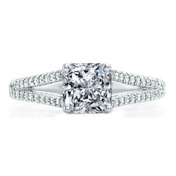 Square Radiant Cut Diamond with Diamonds Split Shank